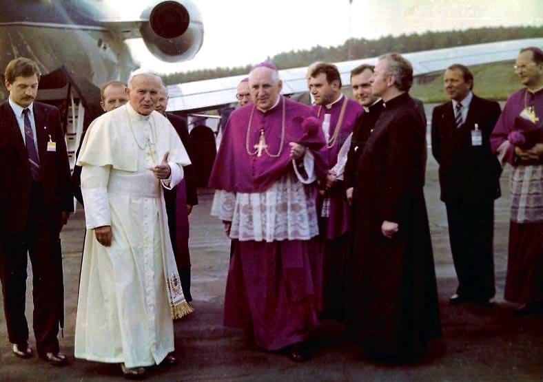 ポーランドを訪問する教皇ヨハネ・パウロ2世(1987年)