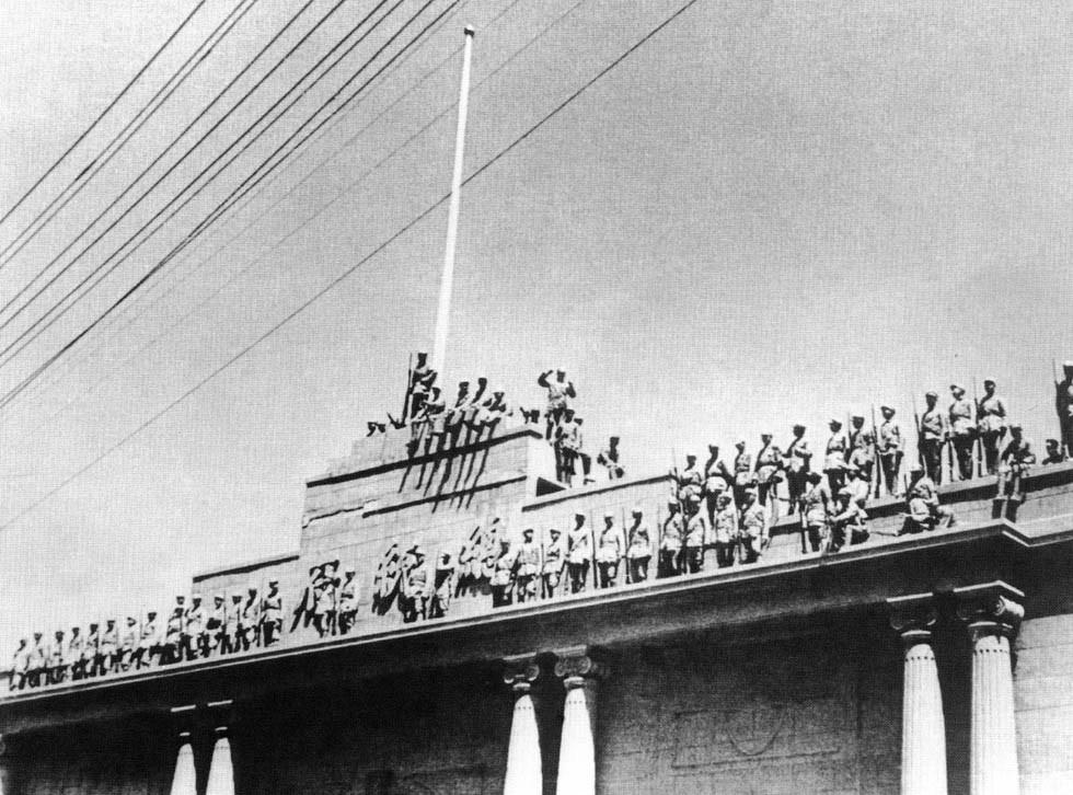 人民解放軍に占領された南京の総統府(1949年4月)