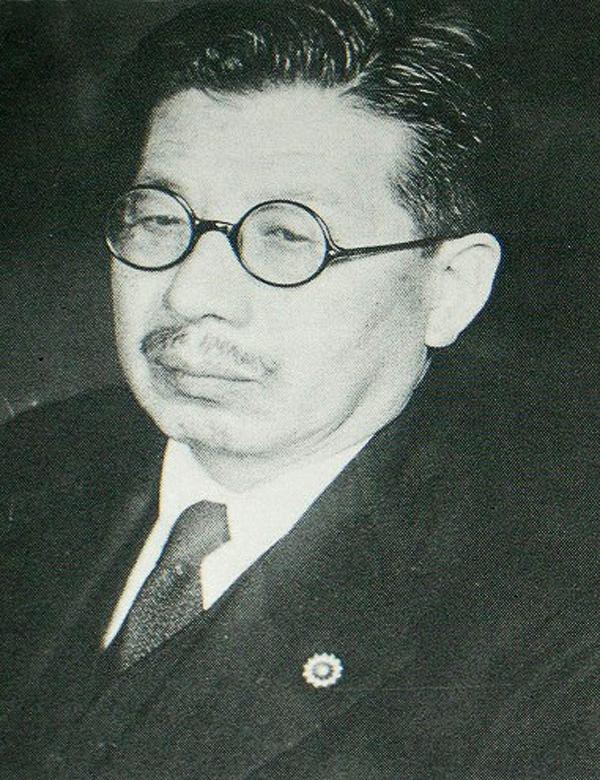 片山 哲(かたやま てつ)