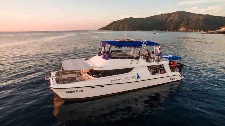 Discover-Catamaran-2_1024x576.jpg