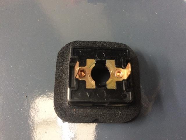 TMAX BOXライト修理 (38)