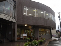 舟橋図書館