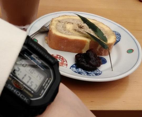 「菜な ルクア大阪店」のデザートと「G-SHOCK」