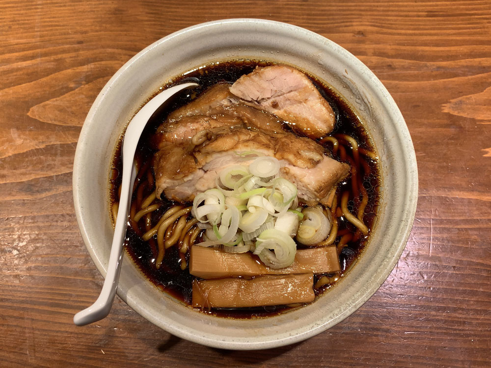人類みな麺類 東京本店 -- らーめん micro