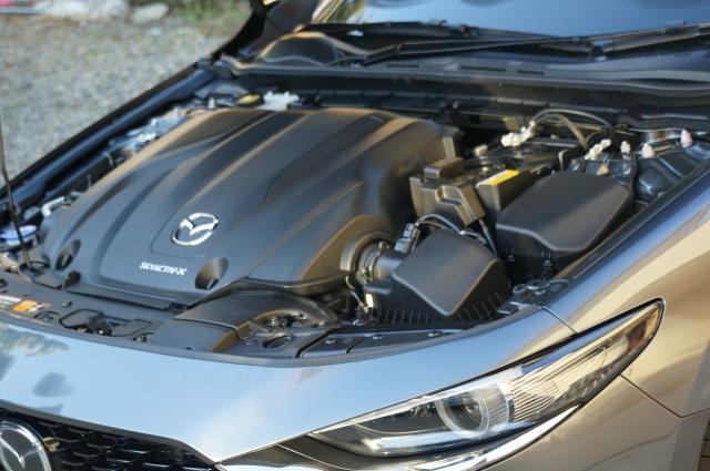 マツダ3セダン スカイアクティブX 4WD プロアクティブツーリングセレクションのスカイアクティブX