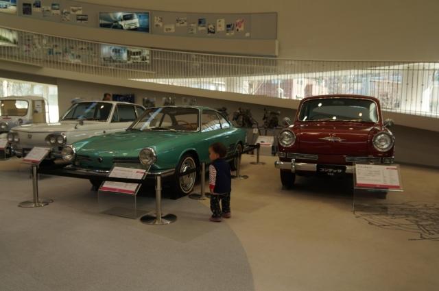 日野の古い車たちと息子