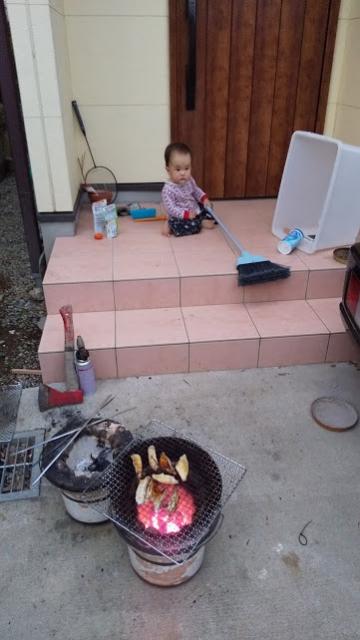 炭火焼でおいしいぞ!