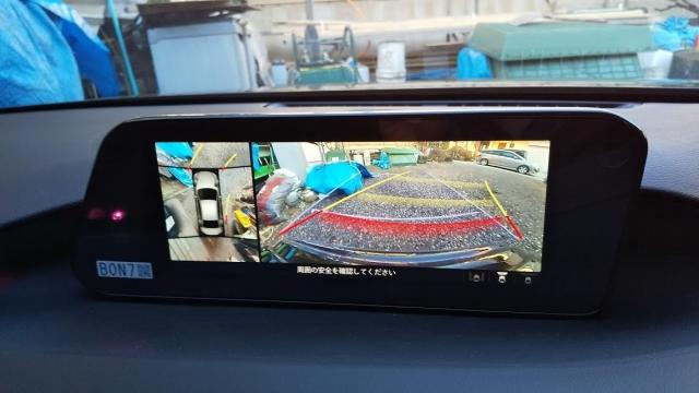 マツダ3セダン スカイアクティブX 4WD プロアクティブツーリングセレクションの360°モニター