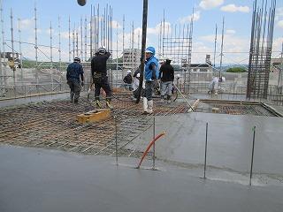 5階⼟間コンクリート打設