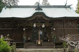 三社造り 拝殿1
