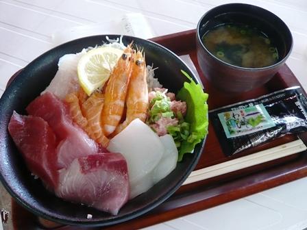 げんき横町:本日の海鮮丼1