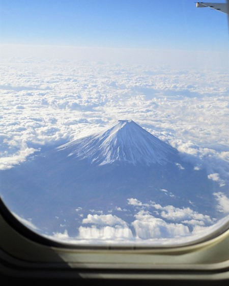 191113mt.Fuji_from_flight