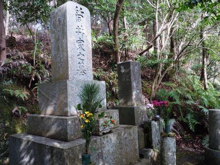 墓1(2019-12-28)