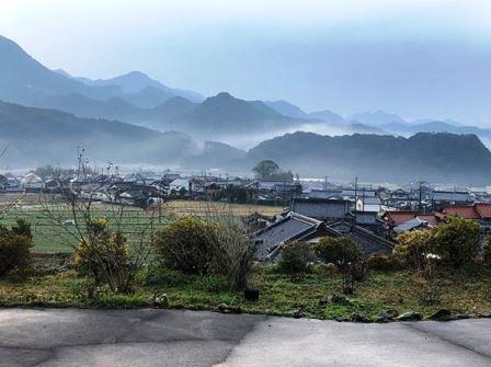 雨後の山並み(2020-01-18)