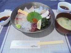 ブログ8海鮮丼