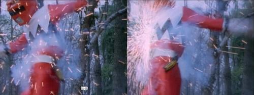 戦隊ヒーロー、ギンガレッドが銃弾を浴びてやられる。