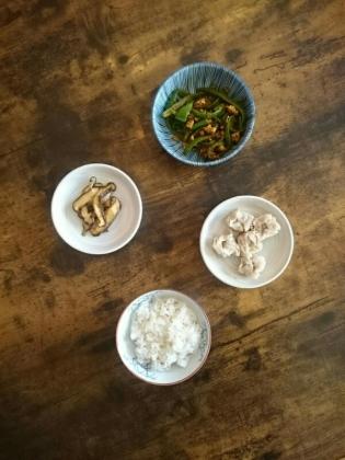 20191216楽陽チルドシウマイ、豚挽きとピーマンのカレー粉炒め、椎茸のソティ1