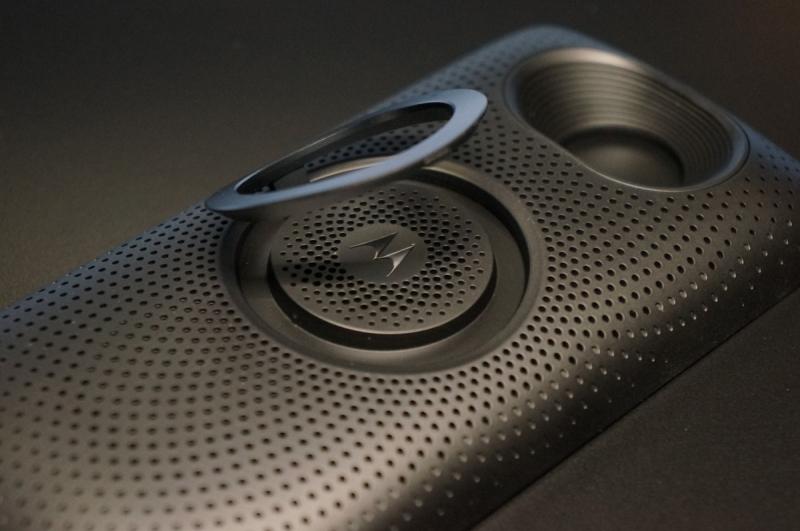 moto_mods_speaker_011.jpg