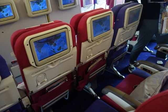 タイ航空TG660機材エコノミー.jpg