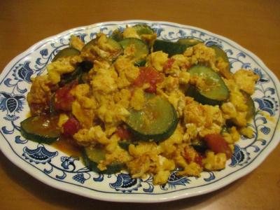 200719トマト・卵・キュウリの炒め物