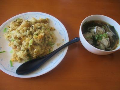200822高菜炒飯とわかめともやしのスープ