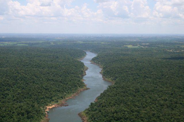 アマゾン川の地下にはもっと広い大河が流れている?