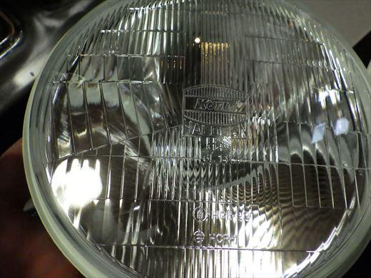 ヘッドライト組付け (3)