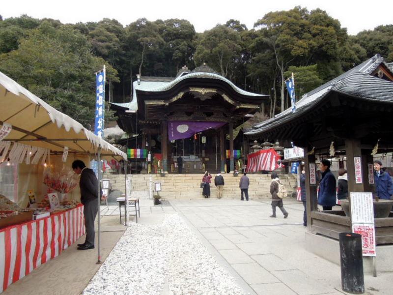 由加神社本宮拝殿