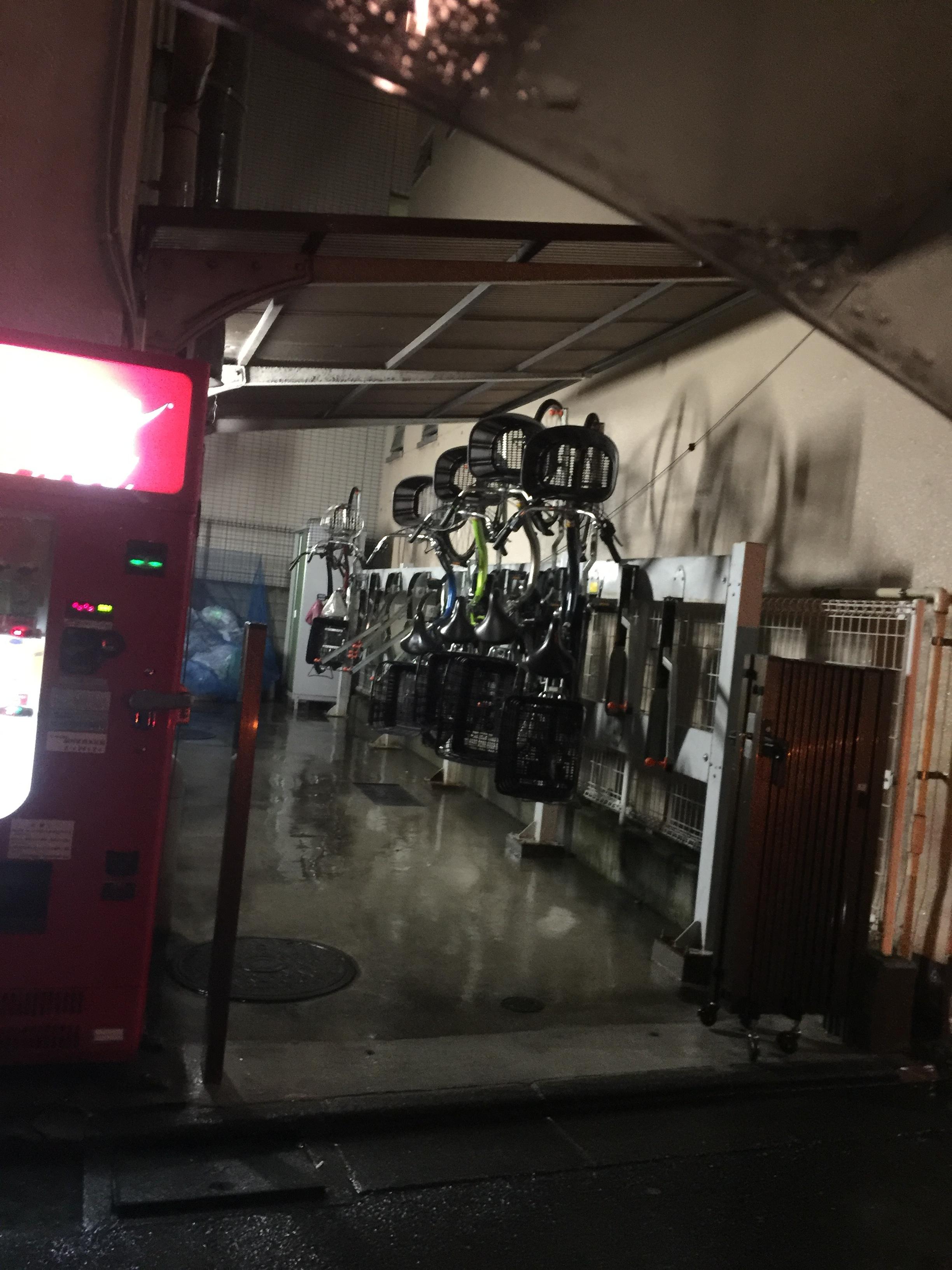 自転車置き場タテ型