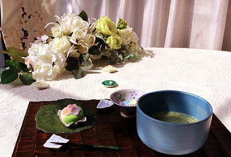 0602お抹茶で紫陽花