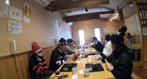 04_200103_02.jpg
