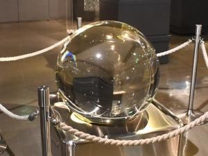 1-4 3340 世界最大のクリスタルボール