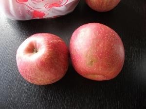 200127りんご2個