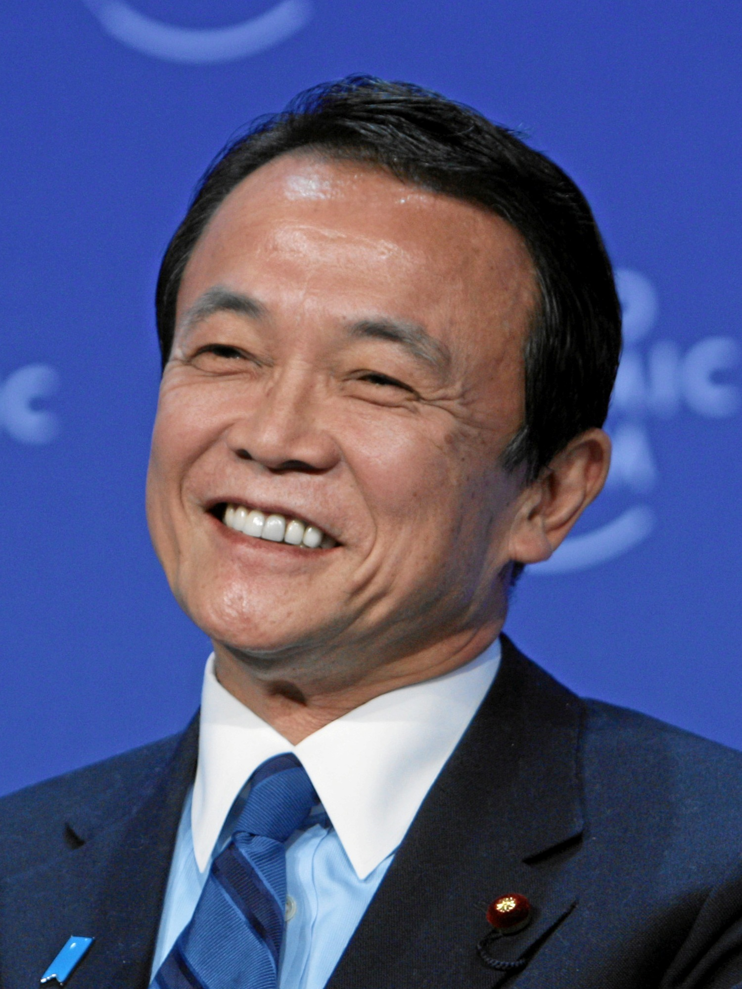 Taro_Aso_in_World_Economic_Forum_Annual_Meeting_in_Davos_(cropped)[1]