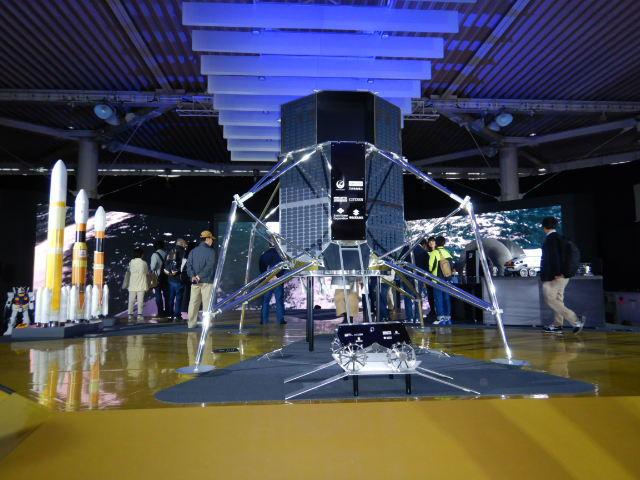 HAKUTO-R月面探索ローバーと月着陸船2019