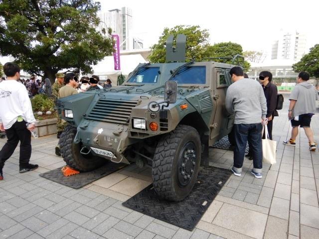 自衛隊装甲車2019-1