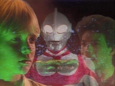 『ウルトラマングレート』 第3話 「魅入られた少年」(原題:a child's dream)