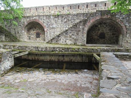 Olavilinna城壁