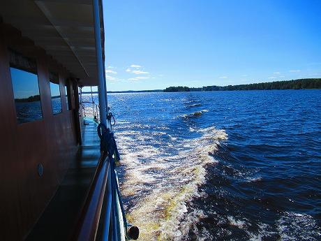 クルーズ船後景