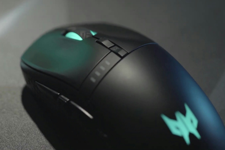 Acer_Predator_Cestus_350_02.jpg
