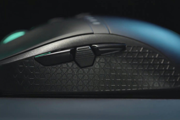 Acer_Predator_Cestus_350_04.jpg