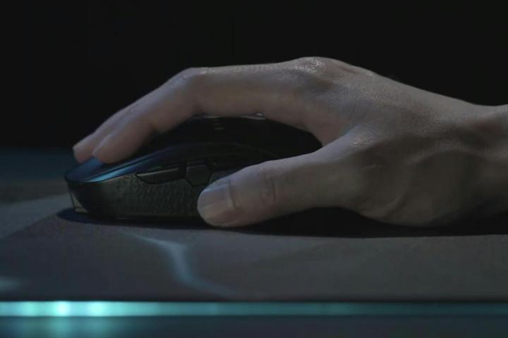 Acer_Predator_Cestus_350_06.jpg