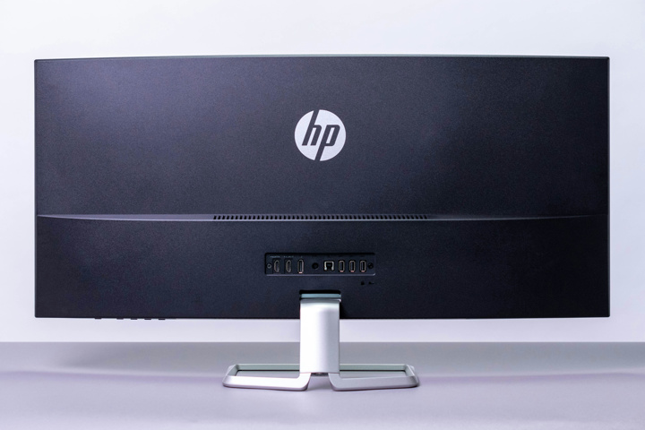 HP_34f_Curved_Display_03.jpg