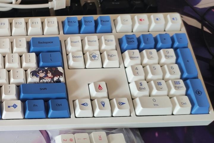 Houkai_3rd_Mechanical_Keyboard_06.jpg