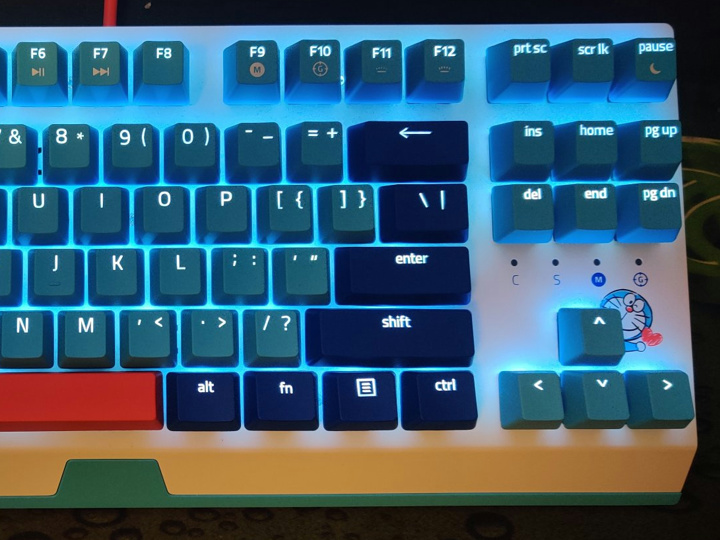 Razer_BlackWidow_X_Tenkeyless_Doraemon_07.jpg