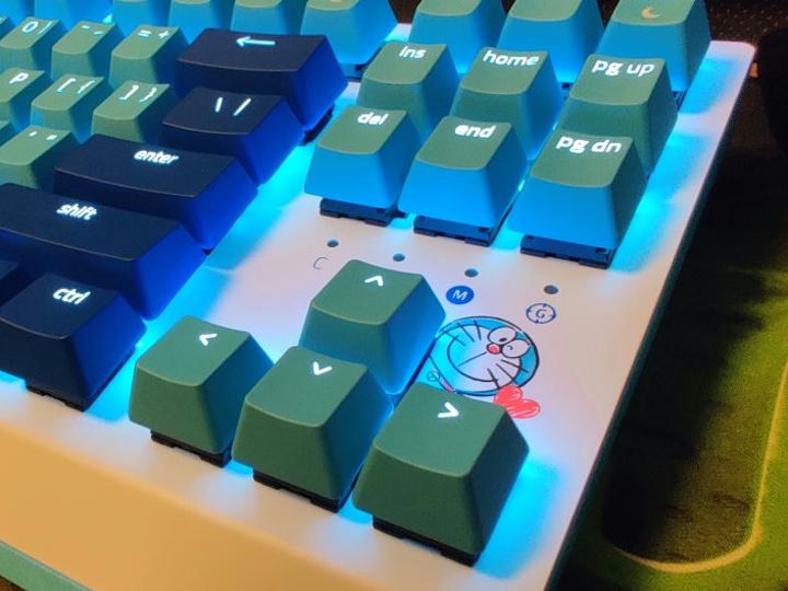 Razer_BlackWidow_X_Tenkeyless_Doraemon_09.jpg