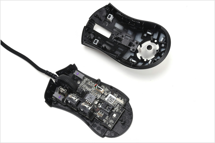 Razer_DeathAdder_V2_Mini_Dismantle_02.jpg