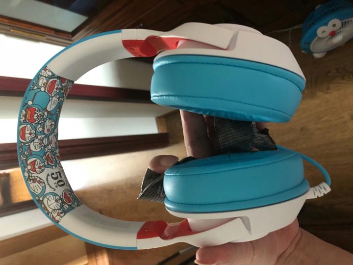 Razer_Kraken_X_Doraemon_04.jpg