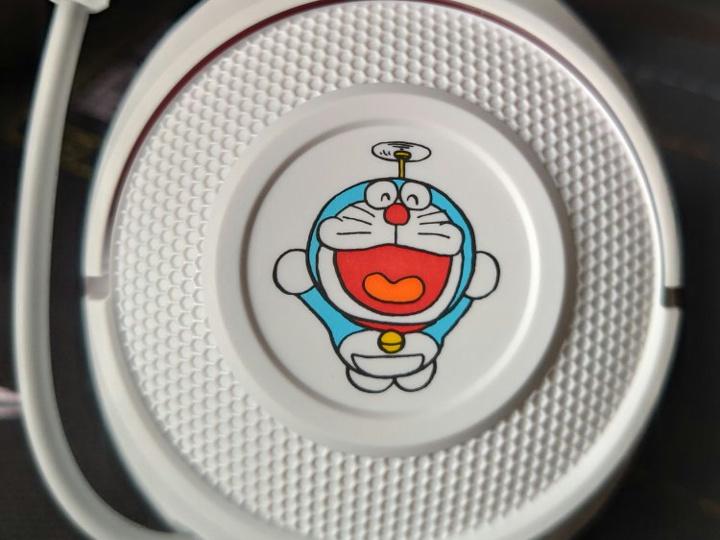Razer_Kraken_X_Doraemon_08.jpg