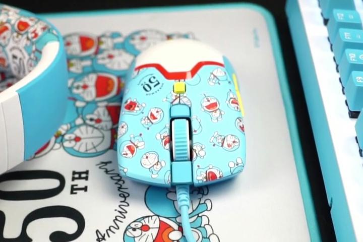 Razer_Viper_Mini_Doraemon_06.jpg